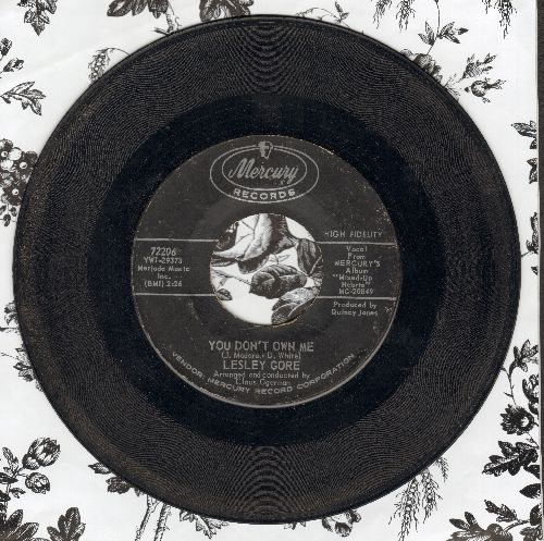 Gore, Lesley - Young Love/I Just Don't Know If I Can (sol) - VG6/ - 45 rpm Records