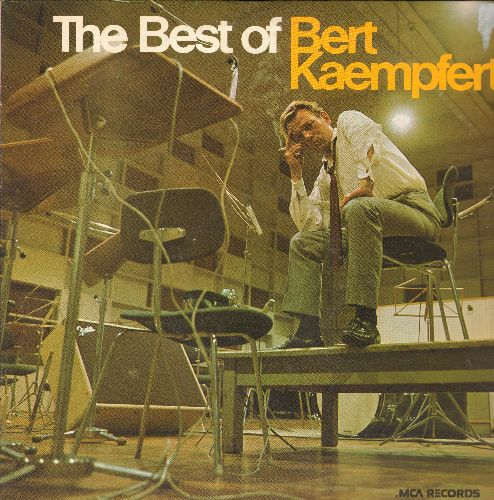 Kaempfert, Bert - The Best Of: Strangers In The Night, Danke Schoen, Spanish Eyes, Afrikaan Beat, Wonderland By Night, A Swingin' Safari (2 vinyl LP records, 1970s re-issue) - NM9/NM9 - LP Records