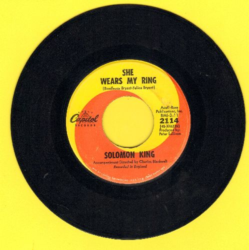 King, Solomon - She Wears My Ring/I Get That Feeling Over You - EX8/ - 45 rpm Records