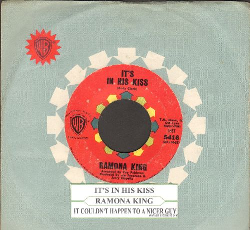 King, Ramona - It's In His Kiss/It Couldn't Happen To A Nicer Guy - EX8/ - 45 rpm Records