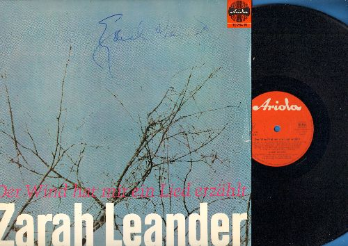 Leander, Zarah - Der Wind hat mir ein Lied erzaehlt: Wenn die wilden Rosen bluehn, Ich kenn den Jimmy aus Havanna, Weil ich dich so liebe (vinyl LP record with AUTOGRAPHED cover! - German Pressing, sung in German) - NM9/EX8 - LP Records