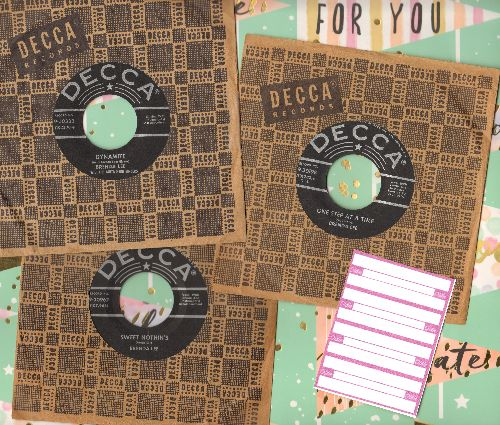 Lee, Brenda - 3-Pack of RARE First Pressing Brenda Lee 45s with vintage Decca company sleeve. Includes hits Dynamite, One Step At A Time and Sweet Nothin's. GREAT gift for a fan or to add to a collection! - EX8/ - 45 rpm Records