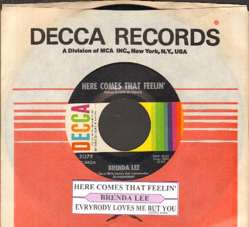 Lee, Brenda - Everybody Loves Me But You/Here Comes That Feelin' (FANTASTIC Overlooked flip-side!) (with Decca company sleeve and juke box label) - NM9/ - 45 rpm Records