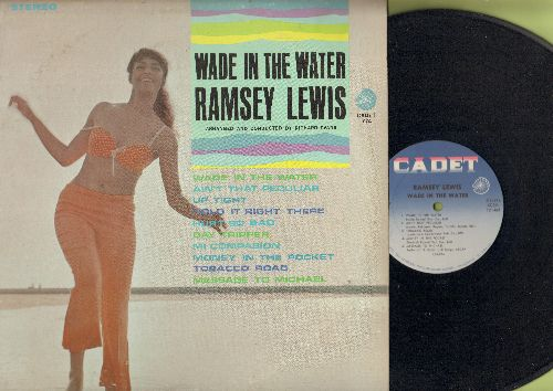 Lewis, Ramsey - Wade In The Water: Up Tight, Ain't That Peculiar, Hurt So Bad, Day Tripper, Tobacco Road (Vinyl STEREO LP record) - EX8/VG7 - LP Records