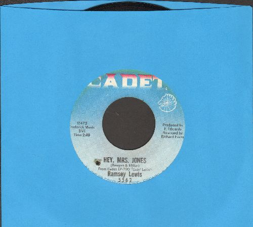 Lewis, Ramsey - Hey, Mrs. Jones/Function At The Junktion (bb) - EX8/ - 45 rpm Records