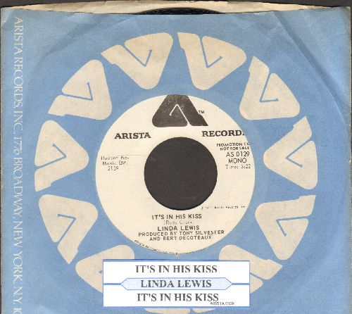Lewis, Linda - It's In His Kiss (The Shoop Shoop Song) (double-A-sided DJ advance pressing with juke box label and Arista company sleeve) - NM9/ - 45 rpm Records