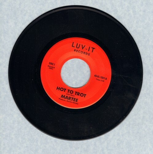 Martee - Hot To Trot/Hold Me - M10/ - 45 rpm Records