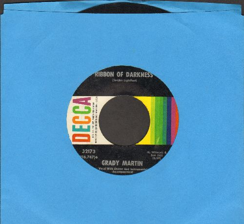 Martin, Grady & Chorus - Ribbon Of Darkness/Don't Let The Stars Get In Your Eyes - NM9/ - 45 rpm Records