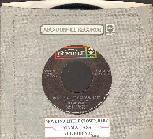 Mama Cass - Move In A Little Closer Baby (featured in film -Beautiful Thing-)/All For Me (with juke box label and company sleeve) - EX8/ - 45 rpm Records