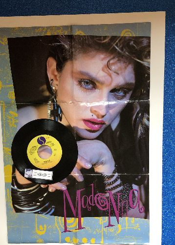 Madonna - Borderline (double-A-sided DJ advance pressing with BONUS fold-out-poster picture sleeve) - NM9/EX8 - 45 rpm Records