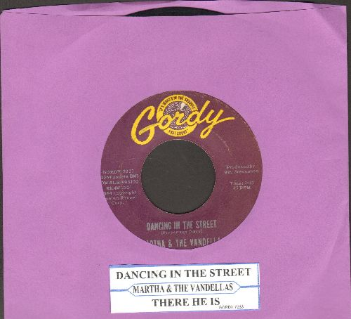 Martha & The Vandellas - Dancing In The Street/There He Is (At My Door) (with juke box label) - EX8/ - 45 rpm Records