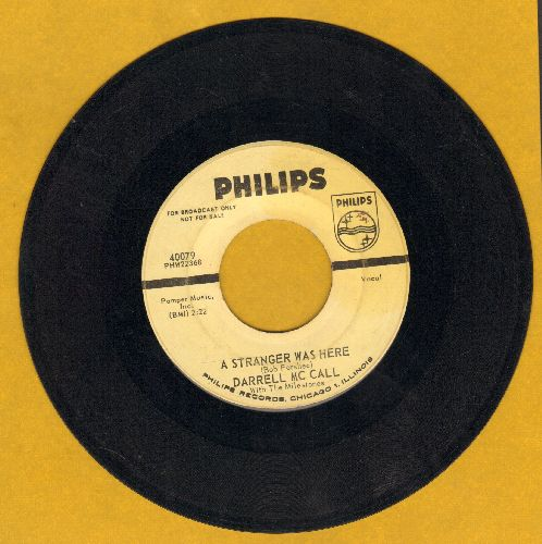 McCall, Darrell - A Stranger Was Here/I'm A Little Bit Lonely (DJ advance pressing) - VG7/ - 45 rpm Records