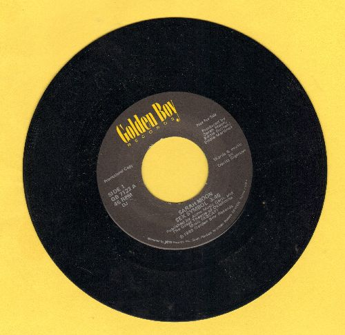 Moon, Sarah - Sex Symbol/Sex Symbol (Instrumental)(DJ advance pressing) - NM9/ - 45 rpm Records