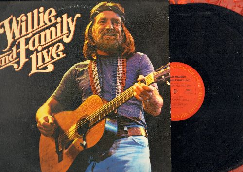 Nelson, Willie - Willie and Family Live: Whiskey River, Crazy, Amazing Grace, Georgia On My Mind, Take This Job And Shove it (2 vinyl STEREO LP records, gate-fold cover) - NM9/NM9 - LP Records