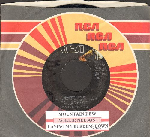 Nelson, Willie - Mountain Dew/Laying My Burdens Down (with juke box label and RCA company sleeve) - NM9/ - 45 rpm Records