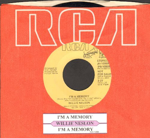 Nelson, Willie - I'm A Memory (double-A-sided DJ advance pressing with juke box label and RCA company sleeve) - NM9/ - 45 rpm Records