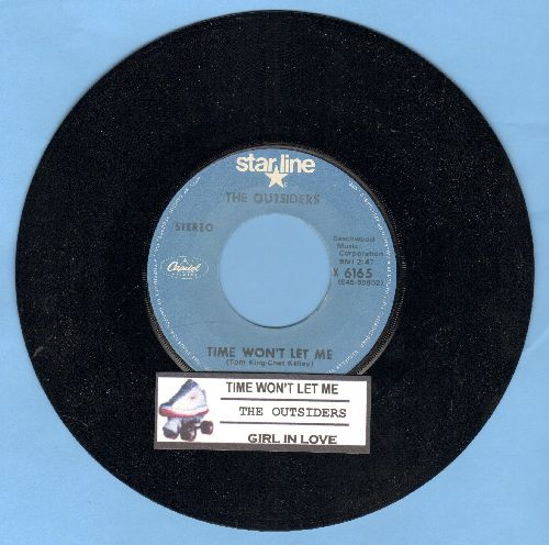 Outsiders - Time Won't Let Me/Girl In Love (double-hit re-issue with juke box label) - NM9/ - 45 rpm Records