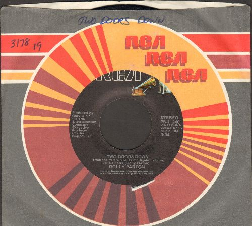 Parton, Dolly - Two Doors Down/It's All Wrong, But It's All Right (with RCA company sleeve) - EX8/ - 45 rpm Records