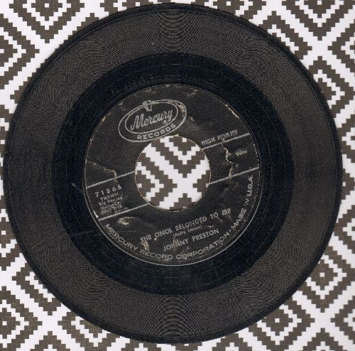 Preston, Johnny - She Once Belonged To Me/Let Them Talk - VG7/ - 45 rpm Records