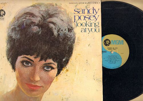 Posey, Sandy - Looking At You: Will You Love Me Tomorrow, One Man Woman, Shades Of Gray, It's Not Easy (vinyl STEREO LP record) - NM9/EX8 - LP Records