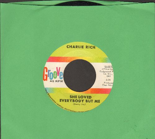 Rich, Charlie - She Loved Everybody But Me/The Grass Is Always Greener  - EX8/ - 45 rpm Records