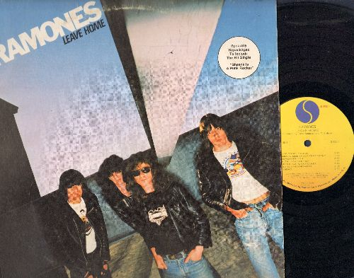 Ramones - Leave Home: Glad To See You Go, Pinhead, Gimme Gimme Shock Treatment,California Sun, Commando (vinyl LP record, song lyrics on inside sleeve) - EX8/VG7 - LP Records