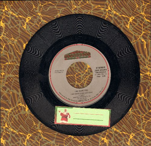 Ronettes - I Saw Mommy Kissing Santa Claus/Rudolph The Red Nosed Reindeer (by The Crystals on flip-side) (1981 issue of vintage recordings) - EX8/ - 45 rpm Records