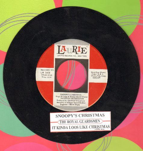 Royal Guardsmen - Snoopy's Christmas/It Kinda Looks Like Christmas (with juke box label) - EX8/ - 45 rpm Records