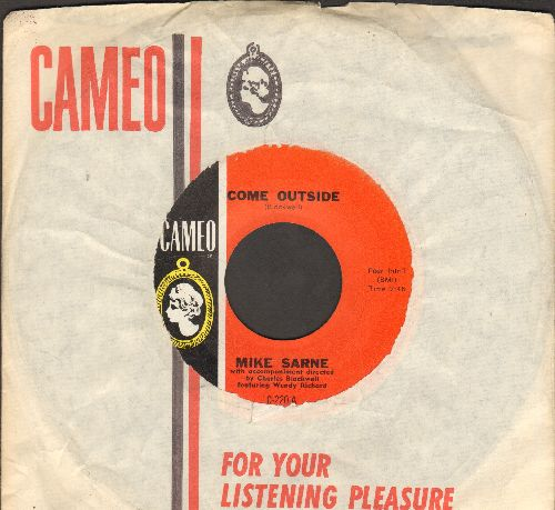 Sarne, Mike & Wendy Richard - Come Outside (duet with 18 year old Wendy Richard, star of UK Series -Are You Being Served- and -East Enders-)/Fountain Of Love (with RARE vintage Cameo company sleeve) - NM9/ - 45 rpm Records