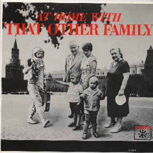 Segal, George & Joan Rivers - At Home With That Other Family (Hilarious Parody of a Parody - Answer to the Million-Selling Comedy Albums about The JFK Family  - EX8/VG7 - LP Records