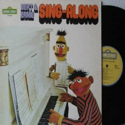 Sesame Street - Bert & Ernie Sing-A-Long: I Refuse To Sing, I've Been Working On The Railroad, Oscar Don't Allow, Peanuts, C Is For Cookie, Everybody Likes Ice Cream (Vinyl STEREO LP record) - EX8/EX8 - LP Records