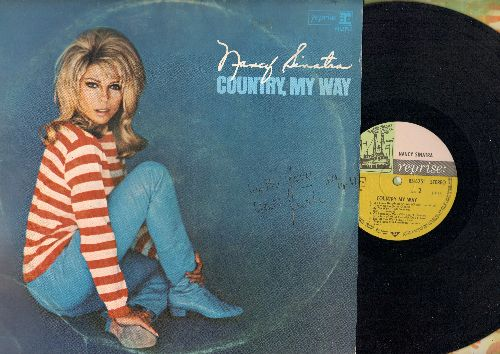 Sinatra, Nancy - Country, My Way: Jackson (with Lee Hazelwood), Lay Some Happiness On Me, Oh Lonesome Me, End Of The World, It's Such A Pretty World Today (Vinyl MONO LP record, GERMAN Pressing) - NM9/EX8 - LP Records