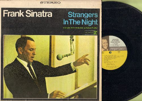 Sinatra, Frank - Strangers In The Night: Summer Wind, Call Me, Downtown, Yes Sir That's My Baby, The Most Beautiful Girl In The World (Vinyl STEREO LP record) - NM9/EX8 - LP Records