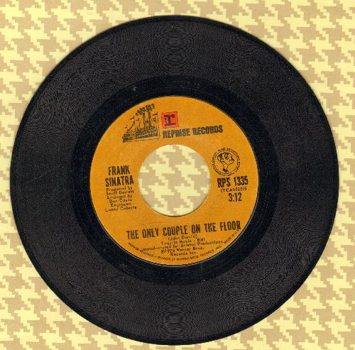 Sinatra, Frank - The Only Couple On The Floor/I Believe I'm Gonna Love You - VG7/ - 45 rpm Records