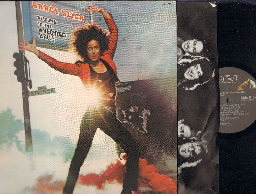 Slick, Grace - Welcome To The Wreching Ball!: Mistreater, Shooting Star, Just A Little Love, Sea Of Love, No More Heroes, Shot In The Dark (Vinyl STEREO LP record, gate-fold cover) - NM9/EX8 - LP Records
