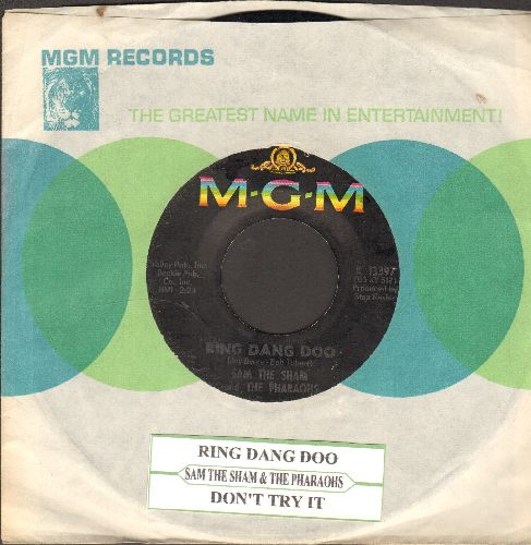 Sam The Sham & The Pharaohs - Ring Dang Doo/Don't Try It (with MGM company sleeve and juke box label) - EX8/ - 45 rpm Records