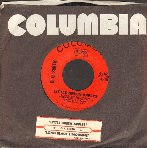 Smith, O. C. - Little Green Apples/Long Black Limousine (with juke box label and Columbia company sleeve) - NM9/ - 45 rpm Records