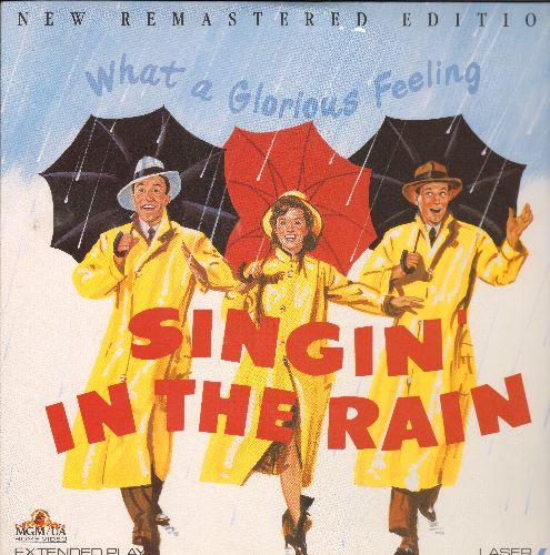 Singing In The Rain - Singing In The Rain LASERDISC VERSION Criterion Collection Starring Gene Kelly - NM9/EX8 - LaserDiscs