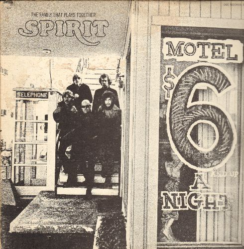 Spirit - The Family That Plays Together: I Got A Line On You, Darlin' If, Silky Sam, It's All The Same, Aren't You Glad (Vinyl STEREO LP record, gate-fold cover) - EX8/VG7 - LP Records