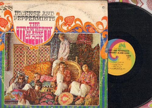 Strawberry Alarm Clock - Incense And Peppermints: The World's On Fire, Strawberries Mean Love, Rainy Day Mushroom Pillow (vinyl STEREO LP record) - EX8/VG6 - 45 rpm Records
