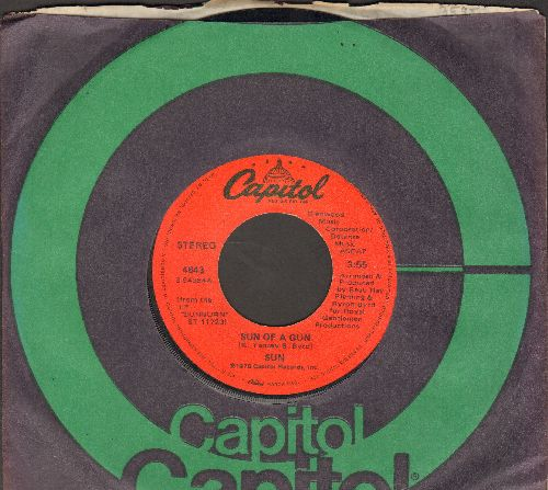 Sun - Sun Of A Gun/Long Drawn Out Thang (with Capitol company sleeve) - NM9/ - 45 rpm Records