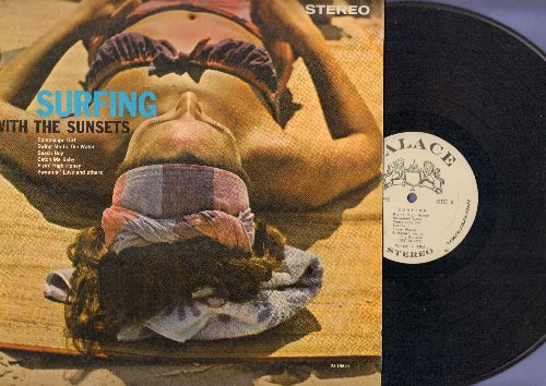 Sunsets - Surfing With The Sunsets: Catch Me Baby, Beach Baby, Flyin' High Honey, Crazy Waves, Sunset Surfin' (Vinyl STEREO LP record) - EX8/EX8 - LP Records