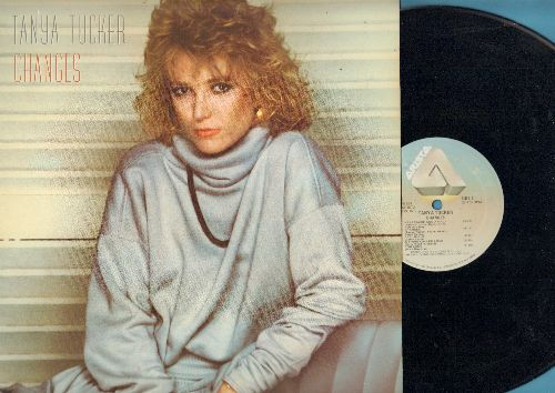 Tucker, Tanya - Changes: Cry, Baby I'm Yours, Heartache And A Half, A Thing Called Love, Shame On The Moon (vinyl LP record) - NM9/EX8 - LP Records