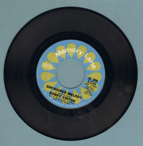 Vinton, Bobby - Unchained Melody/Trying (re-issue) - EX8/ - 45 rpm Records