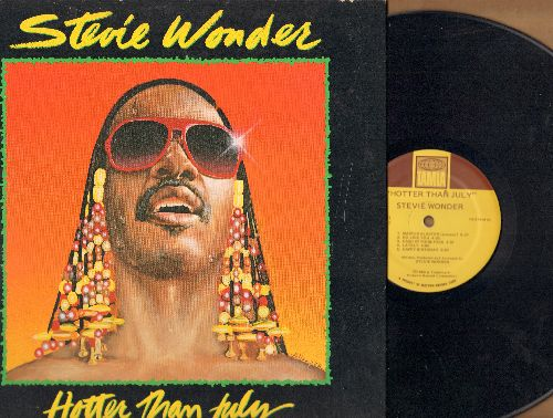 Wonder, Stevie - Hotter Than July: Master Blaster (Jammin'), Happy Birthday (almost 6 minutes long, Tribute to Dr. Martin Luther King Jr.), Did I Hear You Say You Love Me, I Ain't Gonna Stand For It (Vinyl LP record, gate-fold cover) - NM9/EX8 - LP Record