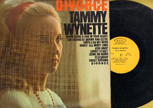 Wynette, Tammy - D-I-V-O-R-C-E: Sweet Dreams, Yesterday, Lonely Street, Kiss Away, Bonnie And Clyde (Vinyl STEREO LP record, wol) - NM9/EX8 - LP Records