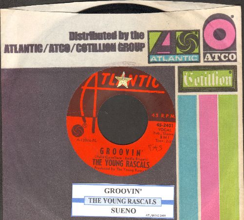 Young Rascals - Groovin' (On A Sunday Afternoon)/Sueno (with company sleeve and juke box label) - NM9/ - 45 rpm Records